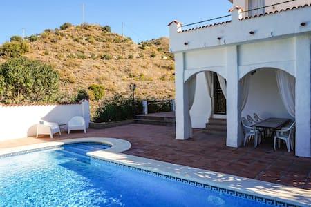 Ruime Villa met zwembad, Casa Julia, Álora