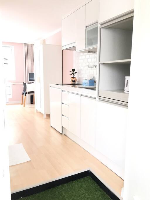 Private kitchen for simple cooking