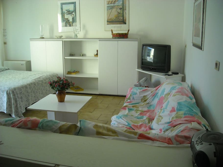 sala con possibilità letto