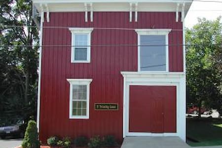 3's a Charm - the Red Carriage House