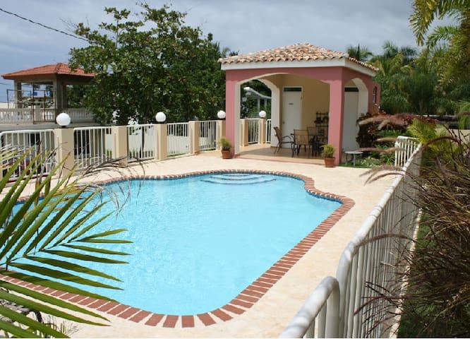 Beautiful Beach Apartment at Sandy Beach, Rincon