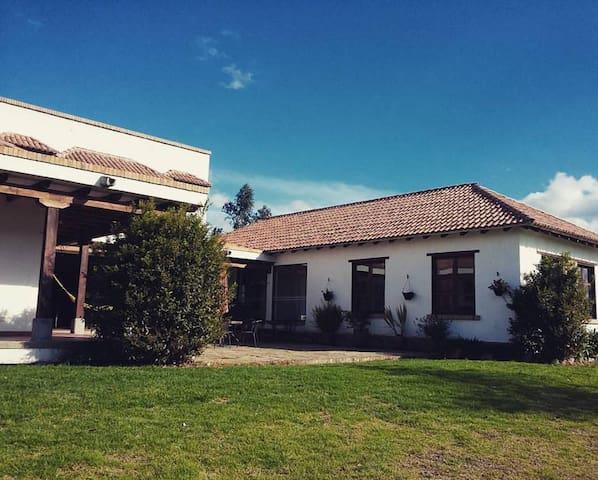 Finca La Toscana - Cundinamarca - House