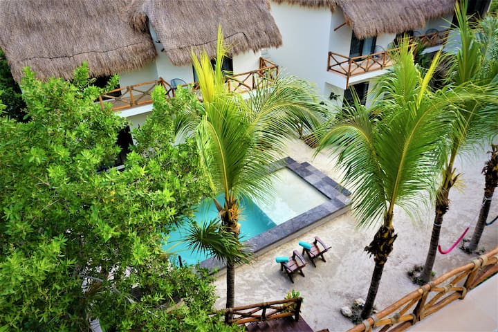 Deluxe Room  Beachfront @ La Puerta Azul BF