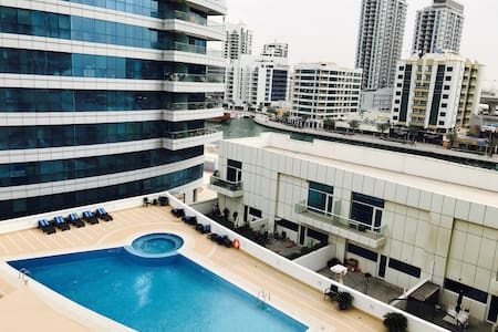 Single room in a luxury apartment in JBR-Marina - Ντουμπάι