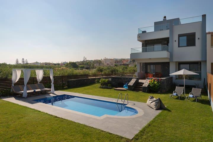 Villa al Mare.  The sea at your feet!