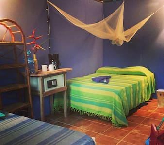 Tranquil Garden Cabina at Centro Ashé - Manzanillo - Cabin