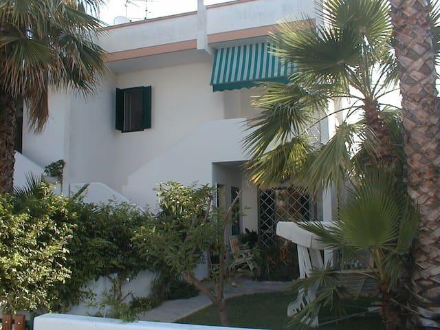 Appartamento a 100mt dal mare - Baia Verde