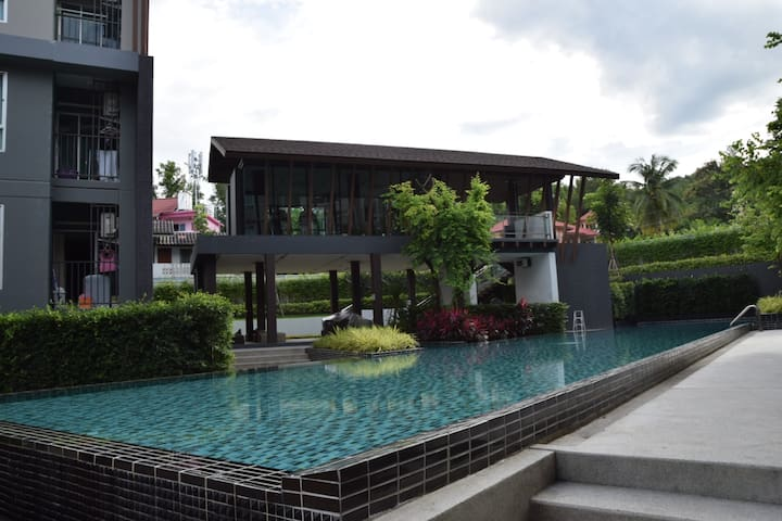 VIP CITY-RESORT+FANTASTIC POOL & ROOM behind CMU - Chiang Mai - Internat