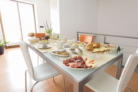 B&B la Corte - Mese  - Bed & Breakfast