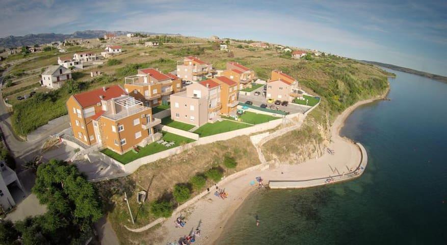 Apartmán v Chorvátsku na pláži - Rtina - Appartement