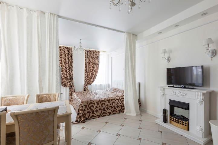 Lovely apartment, 5 min metro