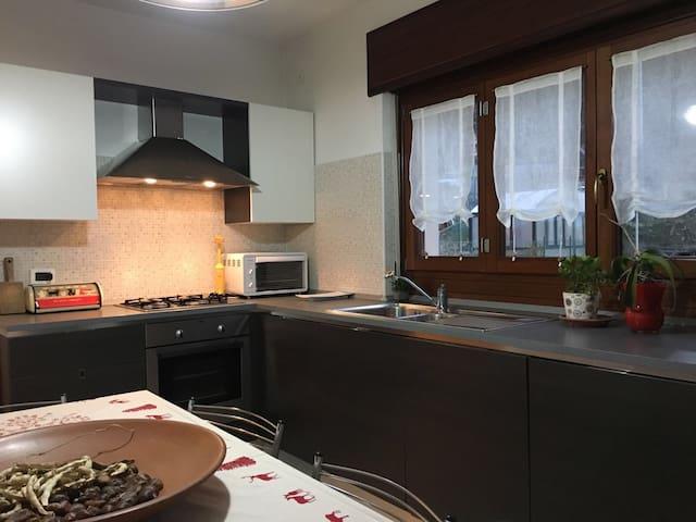 Appartamento Indipendente nel cuore delle Alpi - Lillianes - Pis
