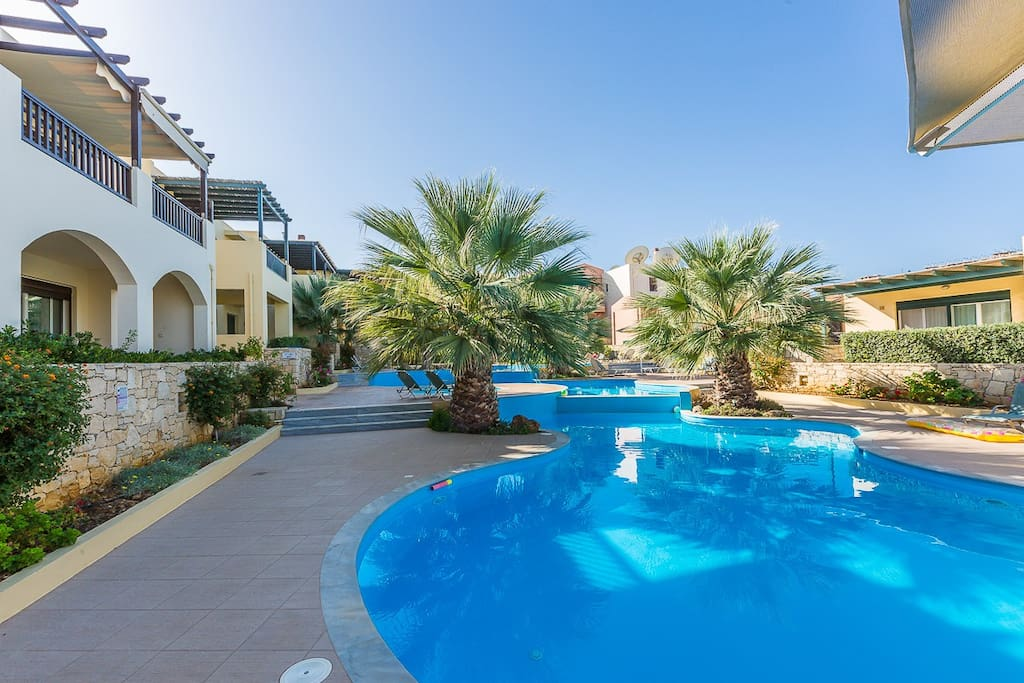 The complex is very close to the sandy beach of Panormo and the apartment has amazing sea views!