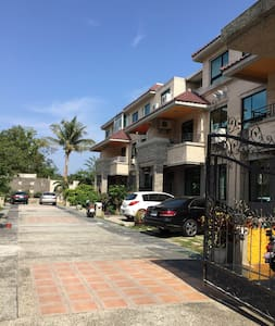 Cozy Double Room (A)with Balcony - Hengchun