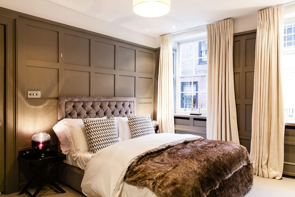 DeLUXE DESIGN COVENT GARDEN HOUSE*QUIET*SAFE*VIP