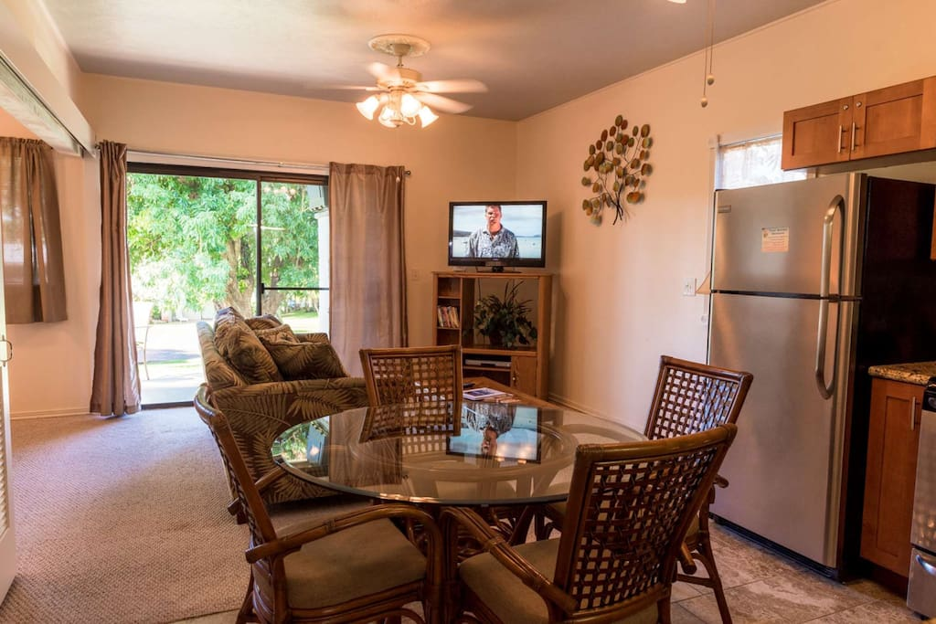 Nicely upgraded 2 bedroom / 1 bath with spacious lanai and close proximity to pool and BBQ's.