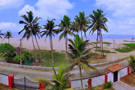 Viewpoints Resorts Poovar Island Beach
