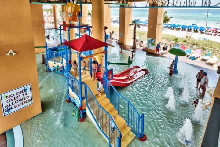 Splash Park ON the Beach!! Your kids will LOVE it!