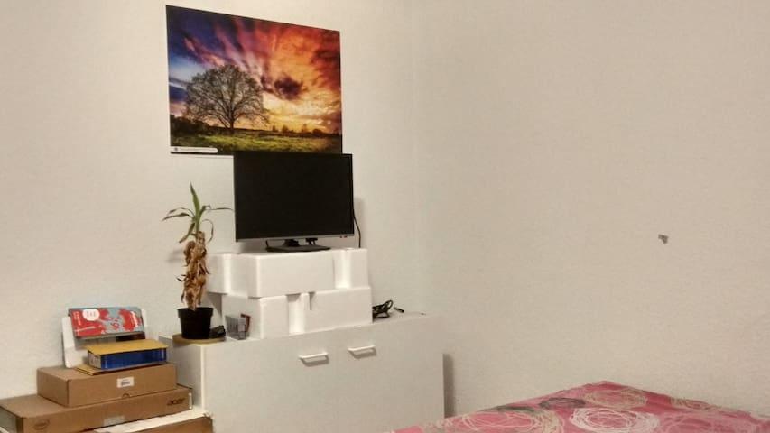 Studio Apartment in Rösrath Stupmen Very Cheap