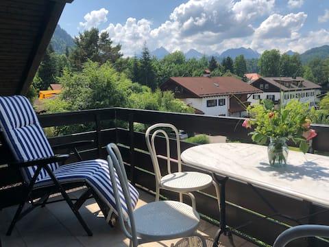 Schlossblick- Gemütliche Wohnung im Dachgeschoss