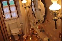 Casa Ayalesa. Camarote 3, 4 pax,wifi, baño privado