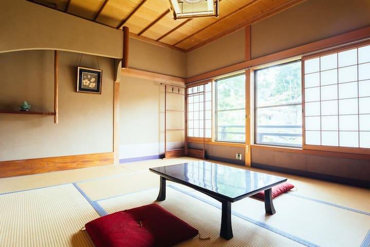 """Koyasan Zofukuin  Standard Family Room """"Room omly"""""""