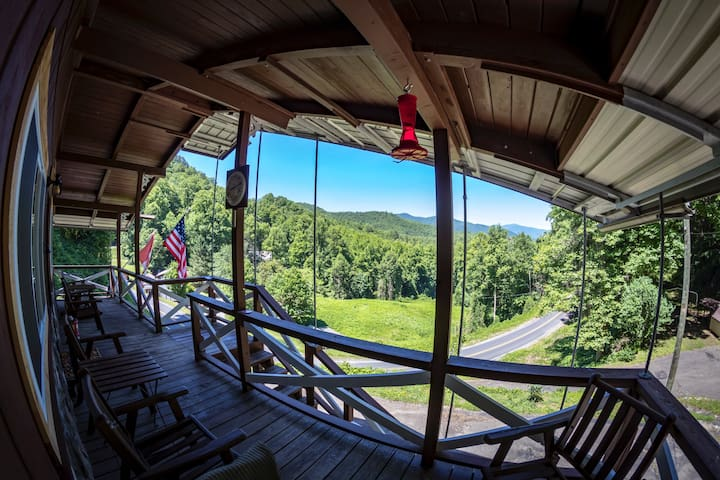 ↪️Private Room in Cabin close to Deals Gap Fontana↩️