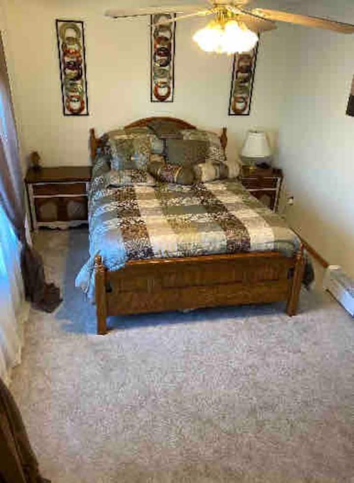 Queen Esther Room
