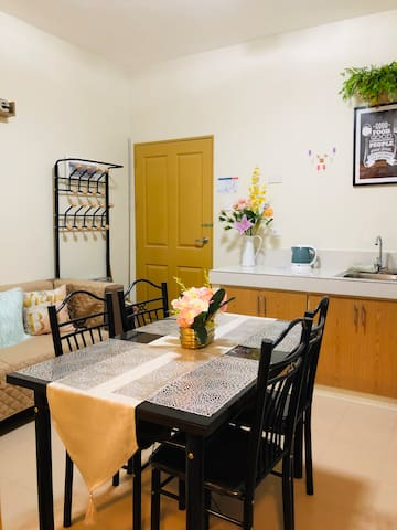 A 2BR Condo Unit with FREE AIRPORT PICK-UP & WIFI