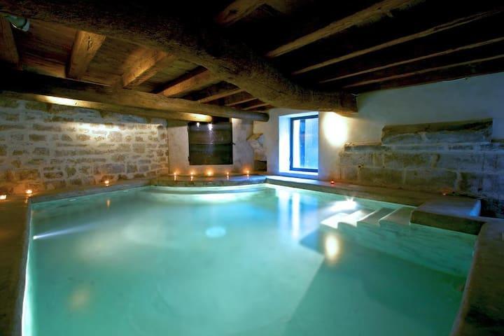 Chambre d'hôtes avec piscine intérieure chauffée