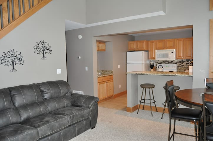 Disciples Village Ski/Golf Condo - Boyne Mountain