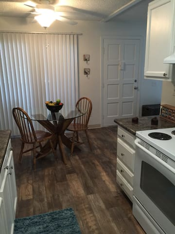 Charming House near the Beach - Solana Beach - Apartment
