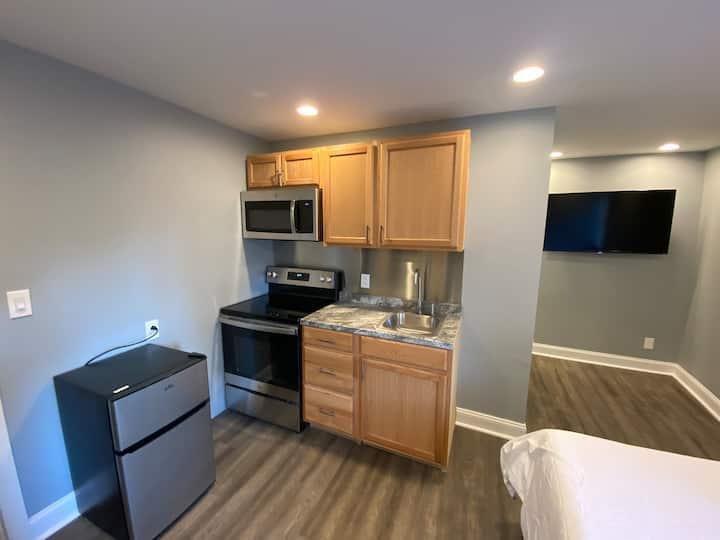 New - Clean, Simple Cheap Studio 2nd Floor Apt. #2