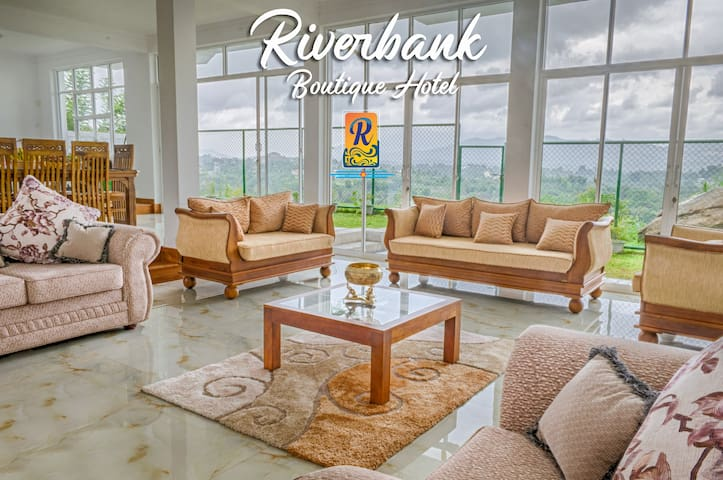 Kandy River Bank Bed And Breakfast
