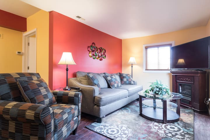 Beautiful Private Cozy Home - Hamtramck - Talo