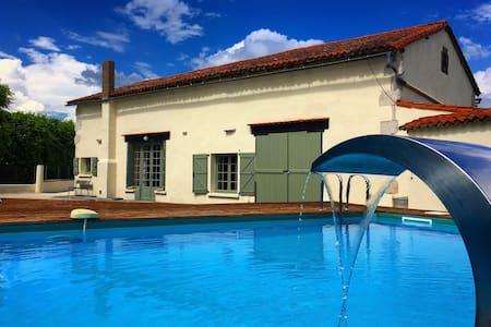 Large 4 Bedroom Farmhouse  Heated Swimming Pool