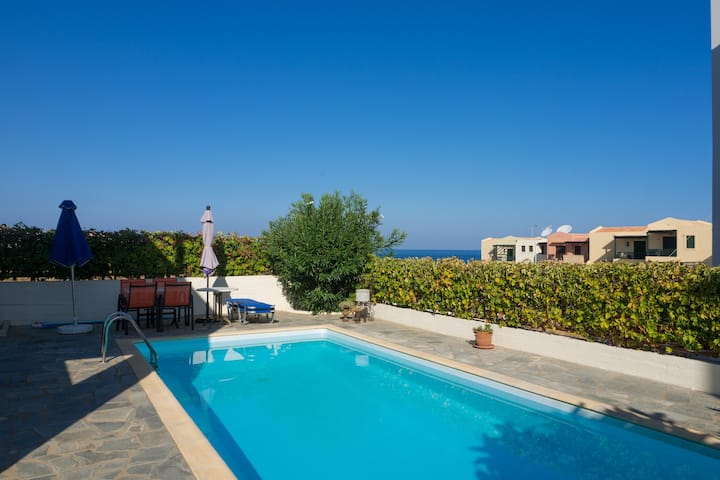 Family Villa Hera with Sea View