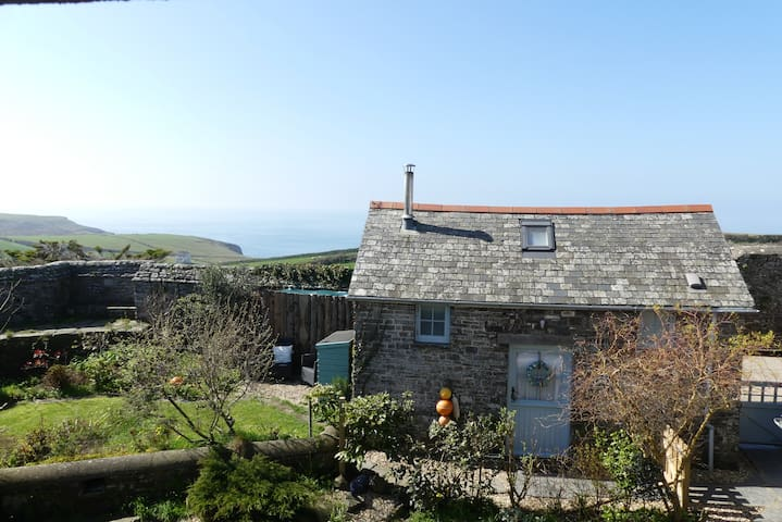 Coastal Retreat, Nr. Hartland Point, North Devon