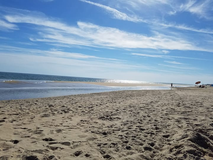 Walk to the Beach from your Retreat