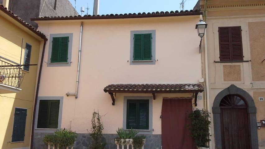 Appartamento a 5km dalla spiaggia -Lago di Bolsena - San Lorenzo Nuovo - Appartement