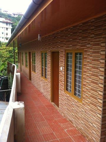 Munnar Dream Palace - C2