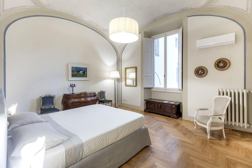 La casa degli specchi appartamenti in affitto a firenze toscana italia - La casa degli specchi ...