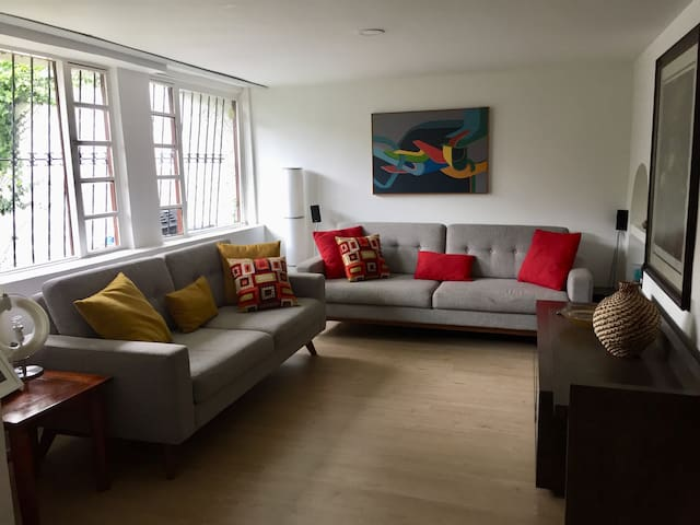 Fully furnished Cozy Condo - Apartamento amoblado