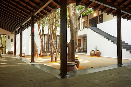 Kapadia Bunglow - Alibag - Villa