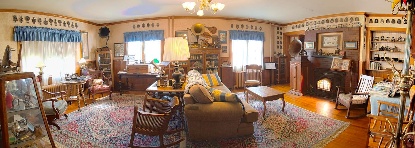 The Old Iron Inn - Caribou - Bed & Breakfast