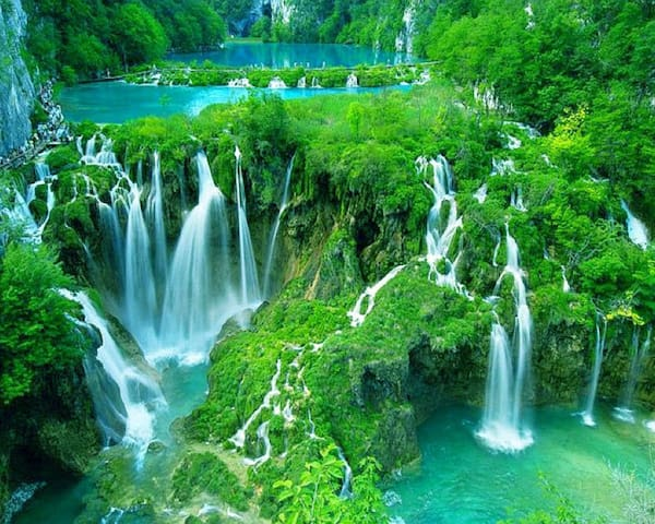 Plitvice Lakes National Park - Land of the Falling Lakes