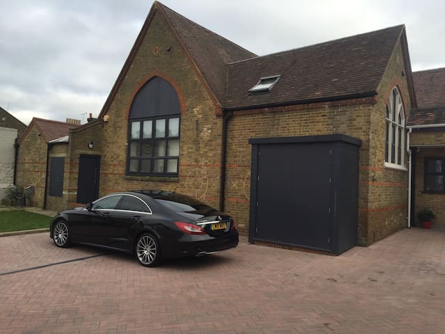 Luxury town centre conversion - Maidstone - Daire