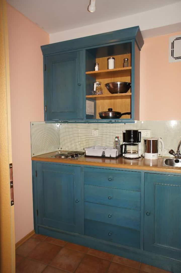 AngerResidenz, FeWo & Hotel (Zwiesel), Hotel-Suite (65qm) mit 2 Schlafzimmern und Balkon inkl. Frühstück