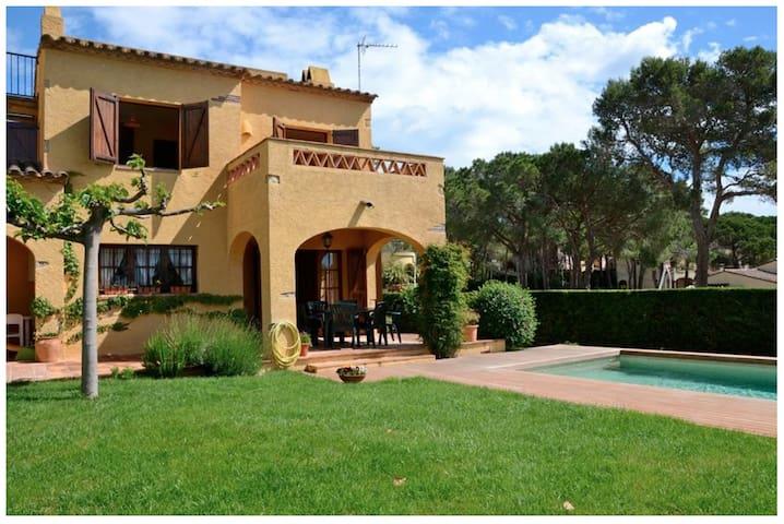 Gewilde villa voor 7 personen met privé zwembad - La Torre Vella - Casa de camp