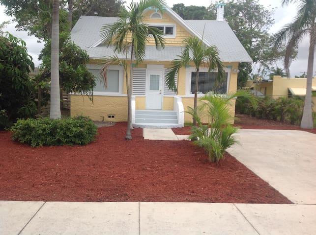 "Historic Key West Style House ; ""The Shady Lady """